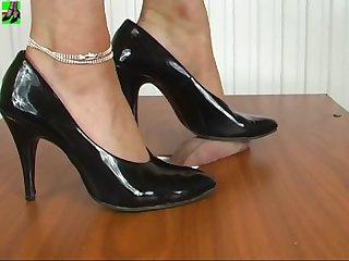 Black hight stiletto heels cock crush cbt