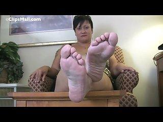 Feet96