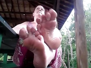 Bbw big beautiful soles