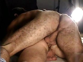 Bon cul poilu hairy ass