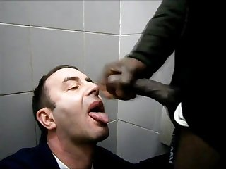 Sucking a big black cock