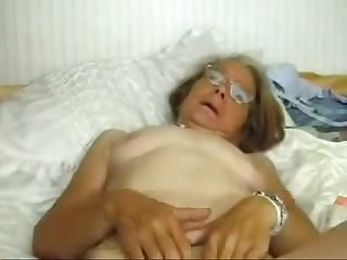 This granny really loves to be fucked period amateur
