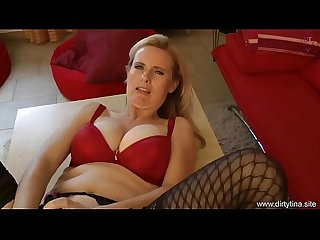 Mommy fucks herself horny housewife