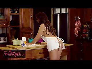 When girls play lpar blair williams comma jojo kiss rpar most important meal of the day twistys