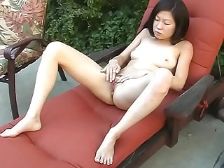 Thai ist hot and gets hard fucked