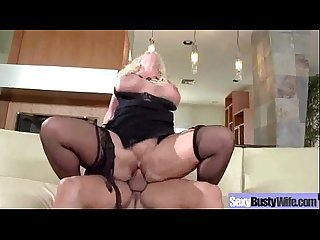 Intercorse On Tape With Wild Busty Housewife (alura jenson) clip-04