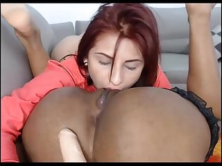 Hot Redhead Teen Eating Pussy on Webcam - WebCamStripper.net