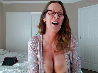 Jessryan 5 hot milf twerking that ass