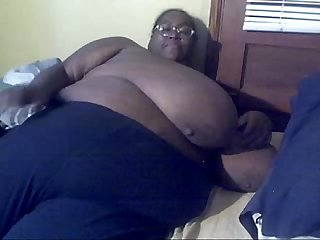 Ssbbw black amateur msbinthere feeling herself in bed