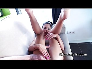 Beautifil girlfriend trying anal fuck