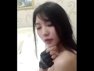 Amazing Korean Camgirl Dancing and Masturbating Part3