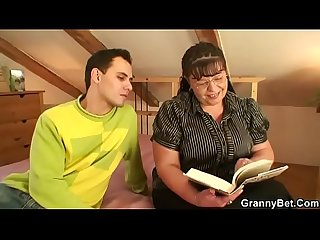 Big boobs bookworm woman seduced by a guy